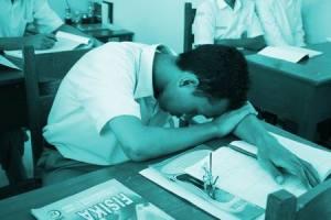 Mengapa belajar Fisika bisa tertidur..?