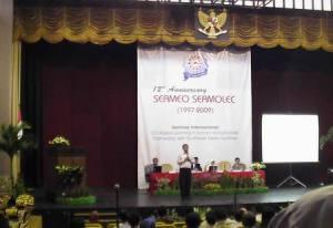 Pak Aritonang, dalam Seminar Internasional ICT