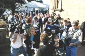 Media dan Astro Event