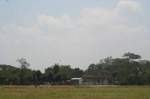 Foto Masjid pada 11 September 2011 (dari Tenggara)
